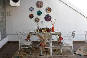Trabalho desenvolvido pelos alunos do curso durante as oficinas de artesanato com materiais recicláveisFoto: Lourenço Eduardo