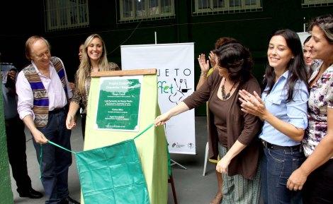 Minc e Ingrid participaram do lançamento do Projeto EcoFuffet no morro da ChacrinhaFoto: Luiz Morier